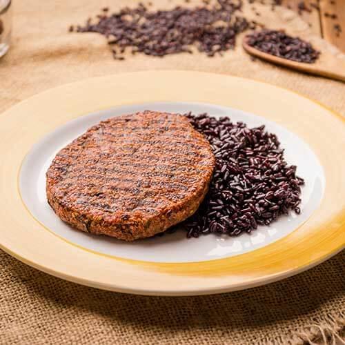 1 – Hambúrguer de Quinoa + Arroz Negro