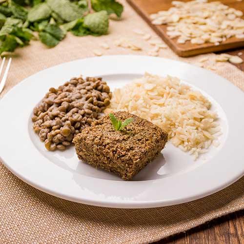 35 – Arroz com amêndoas + lentilha + kibe assado (ÁRABE)