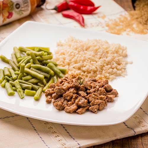 06 – Picadinho de carne + arroz integral + vagem