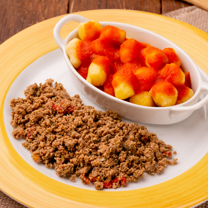 14 – Carne Moída + Nhoque de Mandioquinha + Molho de Tomate
