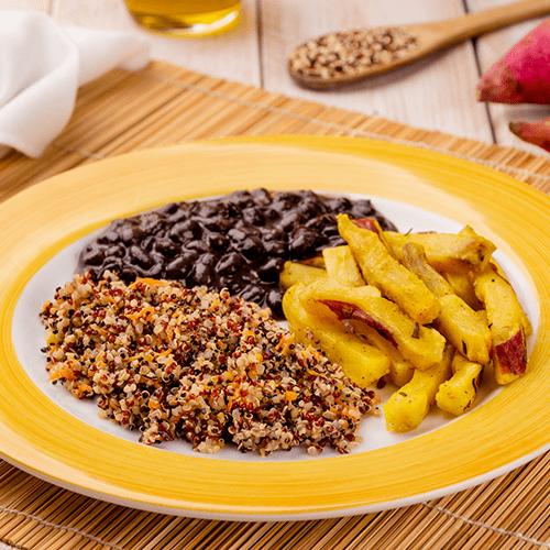4 – Mix de quinoa + batata doce rustica + feijão preto