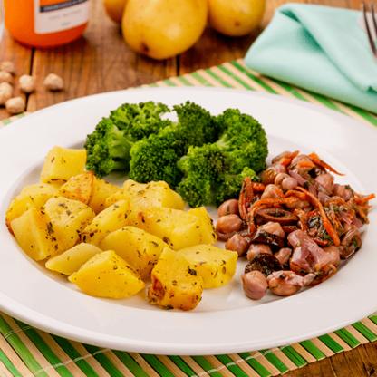 7 – Batata sauteé + grão de bico ao toque balsâmico + brócolis grelhado