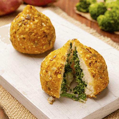 Coxinha vegan brócolis com tofu