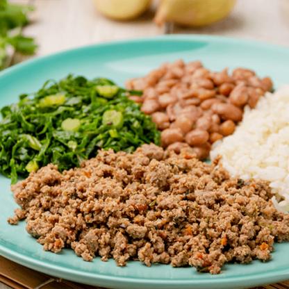 3 – Carne moída+ arroz branco + feijão carioca + couve refogada